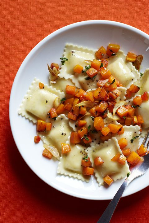 vegetarisk thanksgiving Ravioli with Sautéed Butternut Squash and Thyme