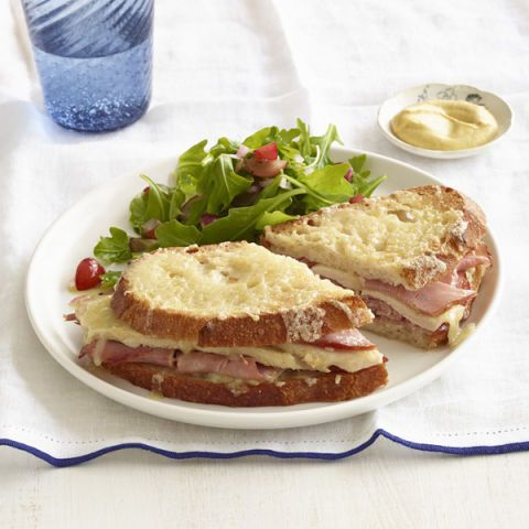 مشوي turkey ham and cheese sandwiches