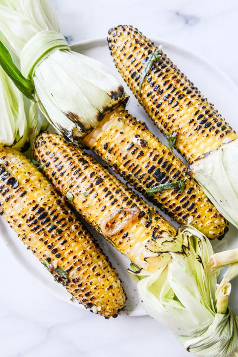A la parrilla corn on the cob with sweet and spicy mustard